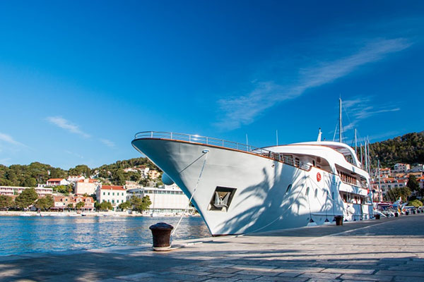 Croatia small ship cruises